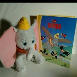 Other - Dumbo set book and plush